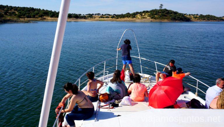 Paseo en barco por el embalse Alqueva. Qué ver y hacer en el lago Alqueva #Experiencias_Alqeuva Extremadura Portugal