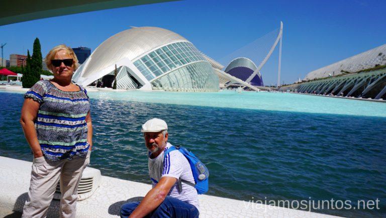 de las Artes y las Ciencias, Valencia. Vacaciones en Cullera: ahorrar en alojamiento en temporada alta, gastronomía, excursiones.