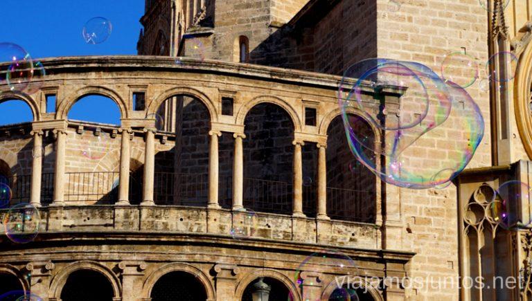 Catedral de Valencia. Vacaciones en Cullera: ahorrar en alojamiento en temporada alta, gastronomía, excursiones.