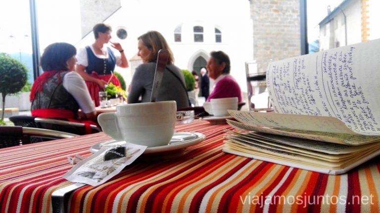 ¿Un café? Italia #ItaliaJuntos Los Dolomitas Italy montanas mountains