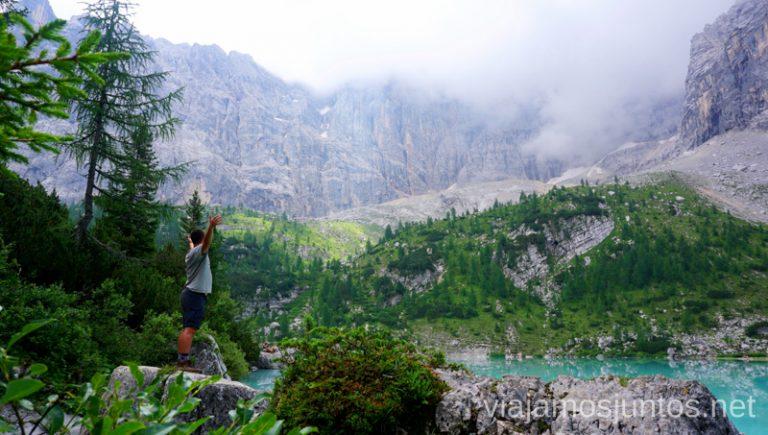 Aguas celestes del lago Sorapis. Italia #ItaliaJuntos Los Dolomitas Italy ruta de senderismo