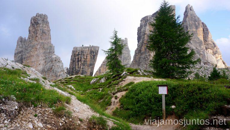 Una de nuestros lugares favoritos de la ruta por los Dolomitas de 8 días - Cinque Torri (Cinco Torres). #ItaliaJuntos Norte de Italia Los Dolomitas