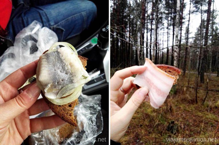 Nuestros delicatessen: tocino y arenque. Viajar a Países Bálticos en invierno.