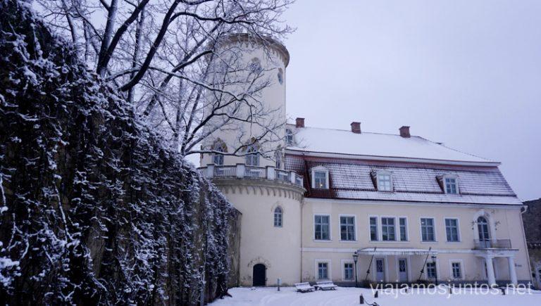 Castillo Nuevo de Cesis. Viajar a Países Bálticos en invierno.