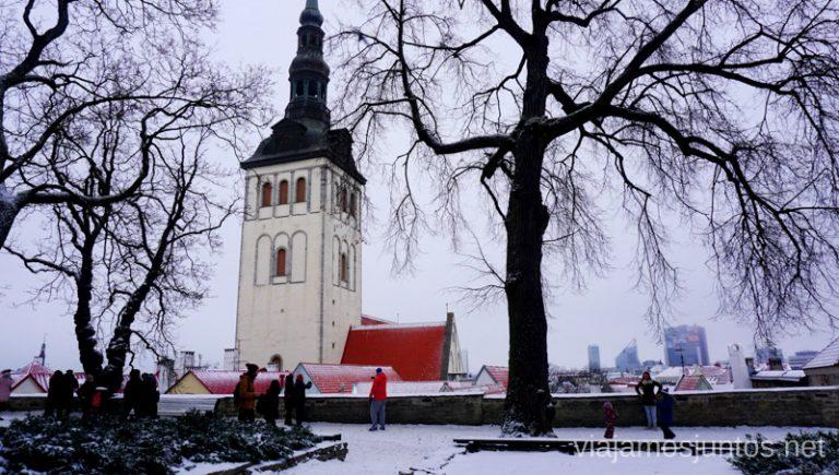 Vistas desde el Jardín de los Reyes Daneses. Viajar a Países Bálticos en invierno.