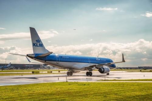 ¿Viajar en tiempos de coronavirus o no? ¿Se puede cancelar vuelos y recibir reembolso? Según la aerolínea.