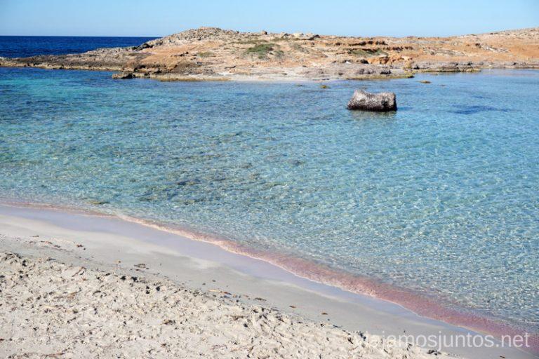 Una playa rosada en ses Illes. Un fin de semana en las Islas Baleares