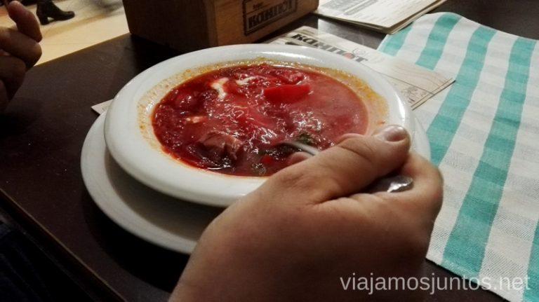 Sopa roja en invierno entra de maravilla: caliente y contundente - un plato-estrella de la gastronomía de Ucrania. Qué comer en Ucrania. Recetas de platos tradicionales ucranianos.