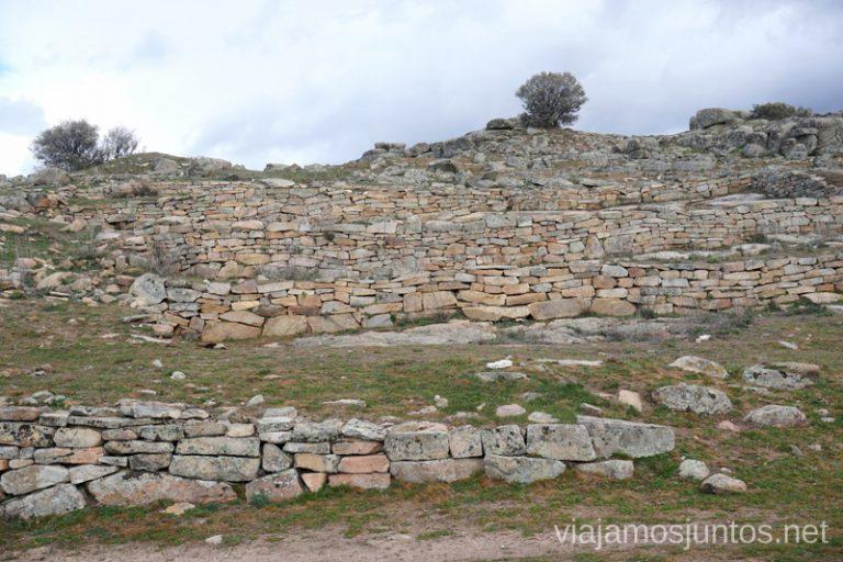 Yacimiento de las Cogotas, Valle de Amblés y Sierra de Ávila.