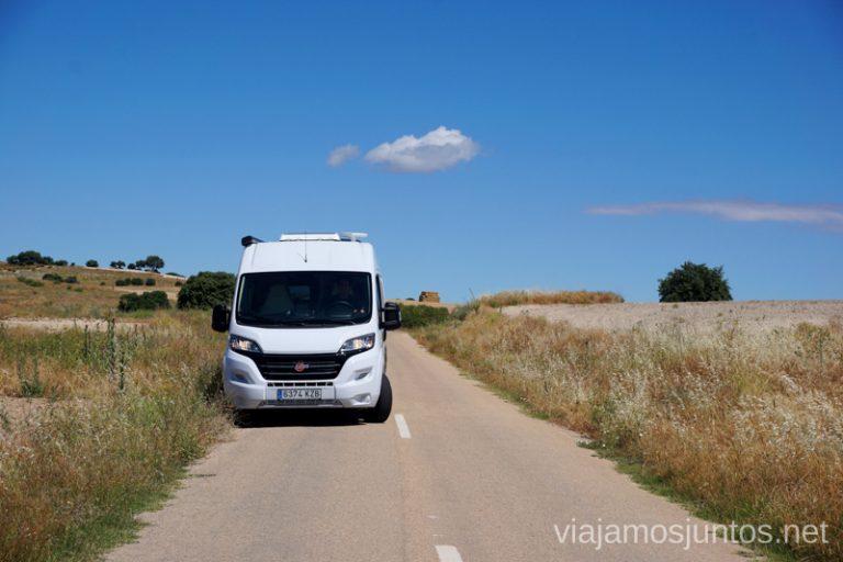 Elige bien la carretera si viajas en autocaravana o furgo.