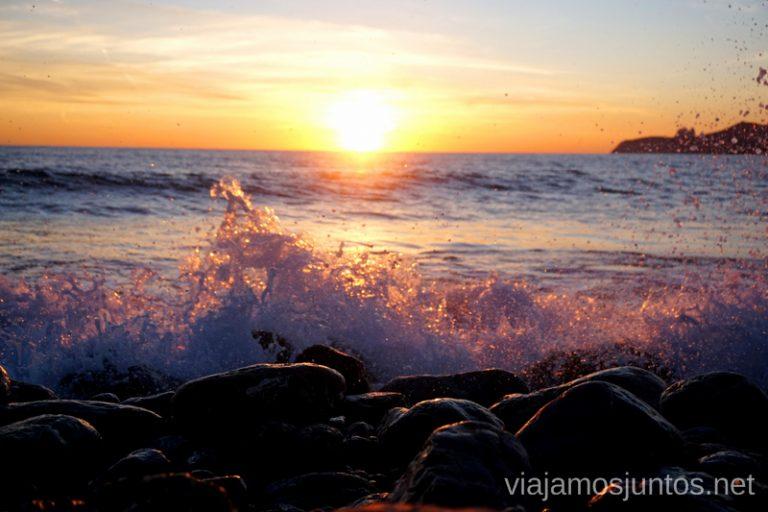 Atardecer en la playa de Ses Salines, Ibiza. Qué ver y hacer en Ibiza, Islas Baleares.