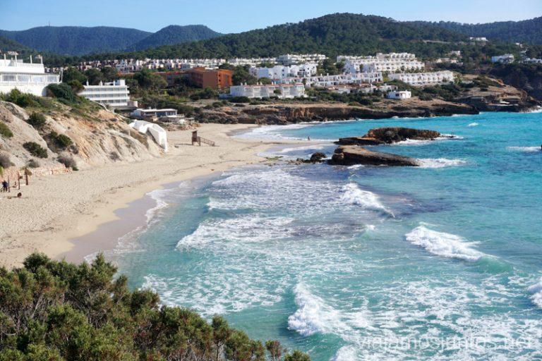 Cala Tarida. Qué ver y hacer en Ibiza, Islas Baleares.