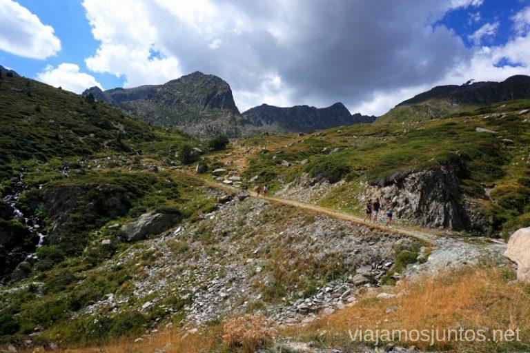 Senda al estany Abelletes, Pas de la Casa, Andorra. Rutas de senderismo fáciles en Andorra