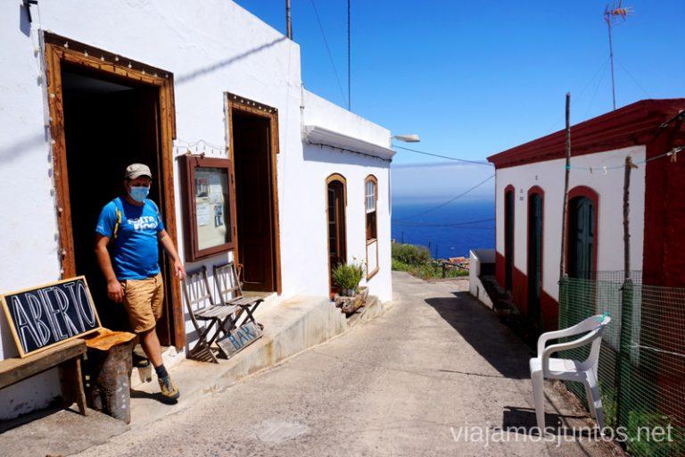 El bar del diminuto en El Tablado, uno de los pueblos bonitos y auténticos en la Palma.