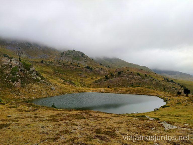 Estany de Querol. Ruta del Estany de Querol, Andorra.