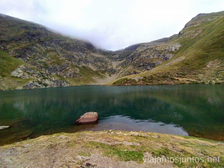 Un momento de relax y disfrute. Ruta del Estany de Querol, Andorra.