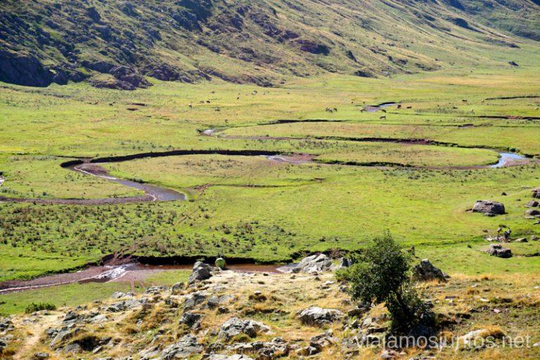 Valle de Aguas Tuertas. Rutas de senderismo en el Valle de Guarrinza, Valle de Hecho, Huesca, Jacetania, Aragón.