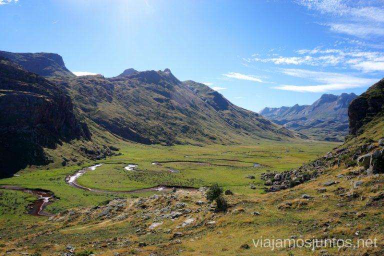 Valle de Agua Tuerta. Rutas de senderismo en el Valle de Guarrinza, Valle de Hecho, Huesca, Jacetania, Aragón.