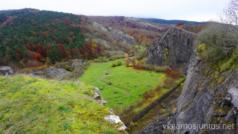 Canteras de Gorbea desde un mirador. Rutas de senderismo en el País Vasco. Qué ver y qué hacer.