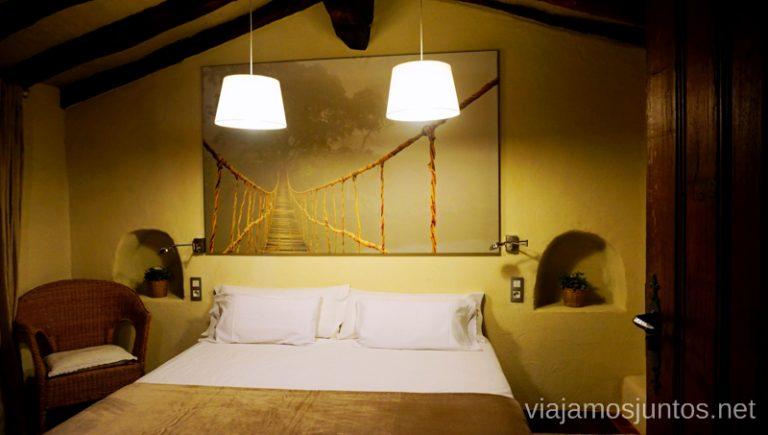 Nuestra habitación en la casa rural. Rutas de senderismo en el País Vasco. Qué ver y qué hacer.