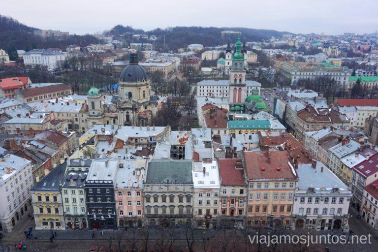 Lviv, Ucrania, desde la Torre del Ayuntamiento que tiene vistas de 260º.