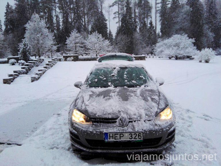 Disfruta, con precaución, de la conducción invernal.