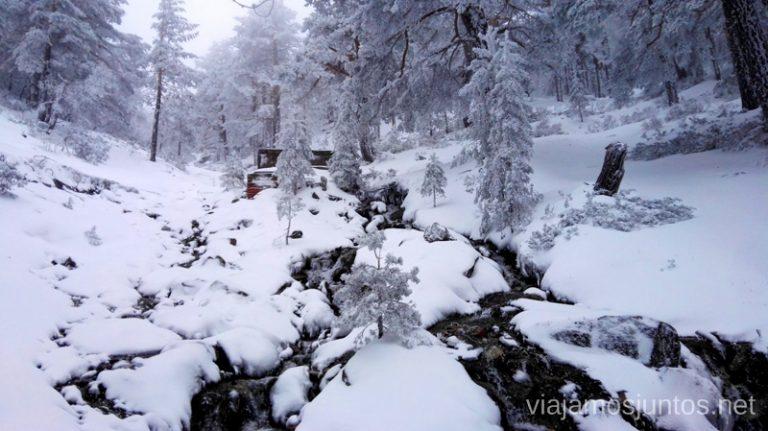 ¡A disfrutar de las montañas nevadas! Consejos para realizar rutas de senderismo en invierno y con nieve.
