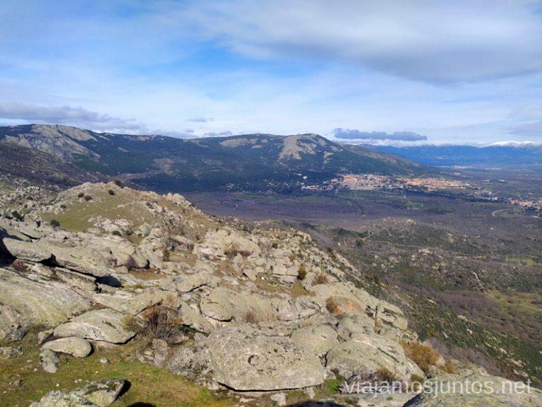 Vistas al camino de vuelta desde la Machota Baja. Rutas de senderismo en la Comunidad de Madrid. San Lorenzo de El Escorial