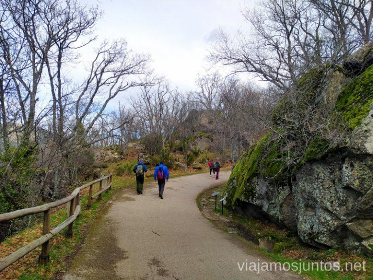 Carretera de la Silla de Felipe II; la parte que lleva a la Cueva del Oso..