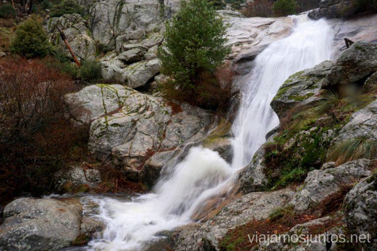 Cascada del Hornillo vista desde abajo.