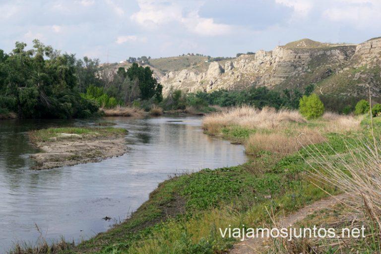 Vistas al río y los cortados de Titulcia, Parque Regional del Sureste.