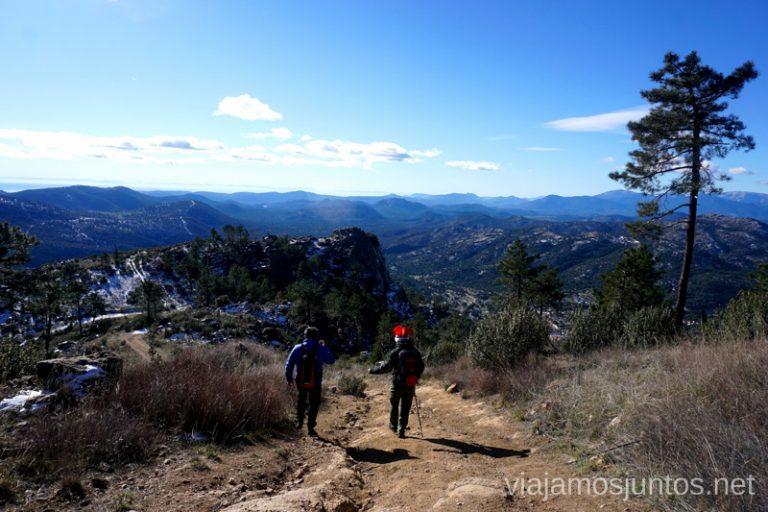 Bajada del Risco Grande. Ruta de senderismo al Cerro o Risco de Santa Catalina.