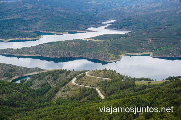 Embalse de El Atazar desde Cancho de la Cabeza, Patones de Arriba, Madrid.
