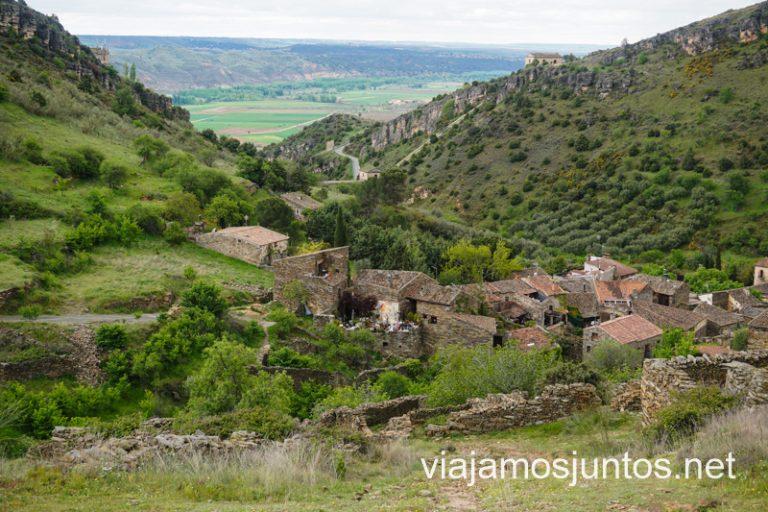 Vistas de Patones de Arriba desde la ruta Cancho de la Cabeza, Madrid.