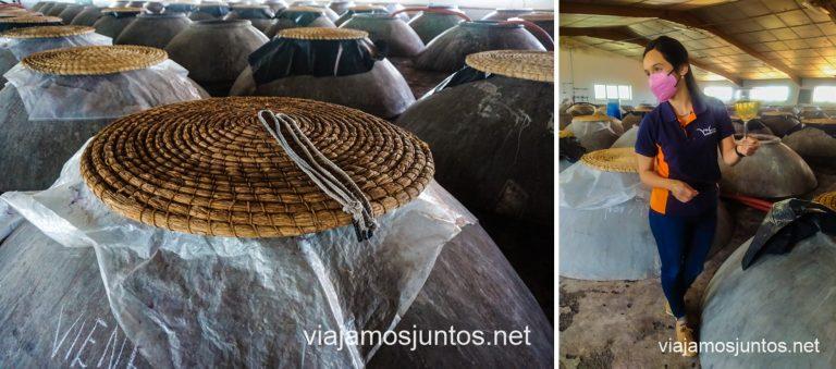 Cooperativa Vinícola Valdepeñas. Sala de tinajas.