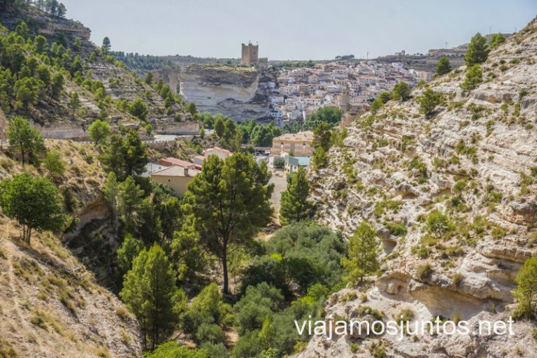 Mirador de Alcalá del Júcar en la Ruta del Vino La Manchuela, Castilla-La Mancha.