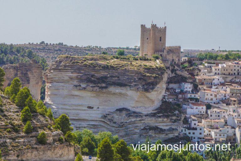 Alcalá del Júcar desde uno de sus miradores. La Manchuela, Castilla.La Mancha.