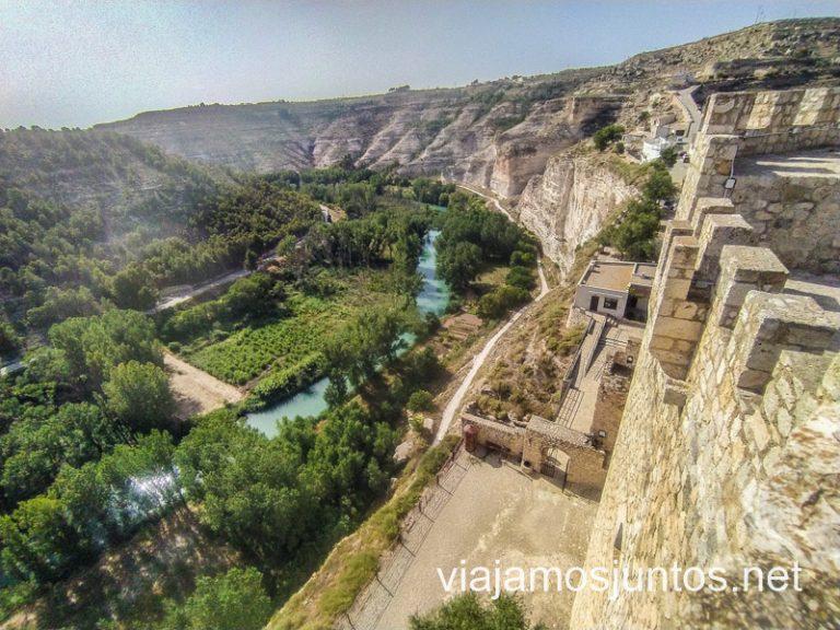 Río Júcar desde lo alto del castillo.