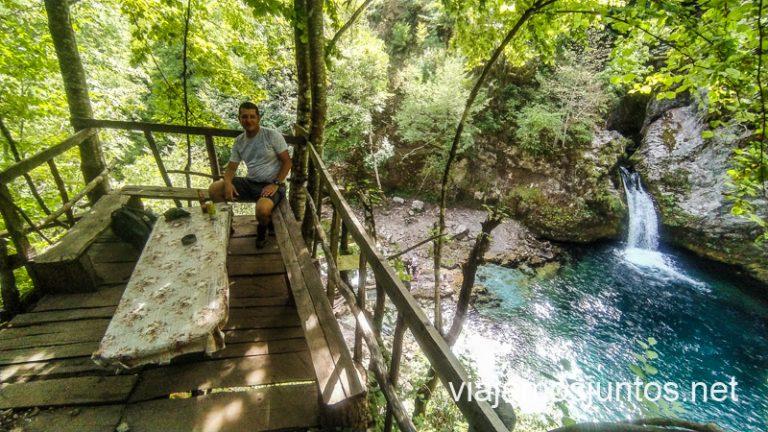 Vayas cuando vayas a Albania, procura disfrutar.